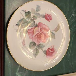 Noritake China rose plate